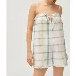 Urban Outfitters Shapeless Tie Front Romper | Size